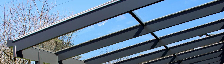 Terrassendächer aus Glas und Aluminium